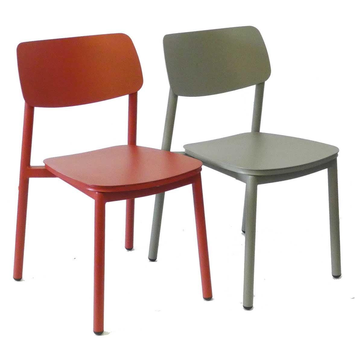 rimini c red green 01 - https://www.werzalit.com/fr/produit/rimini-stuhl-2/